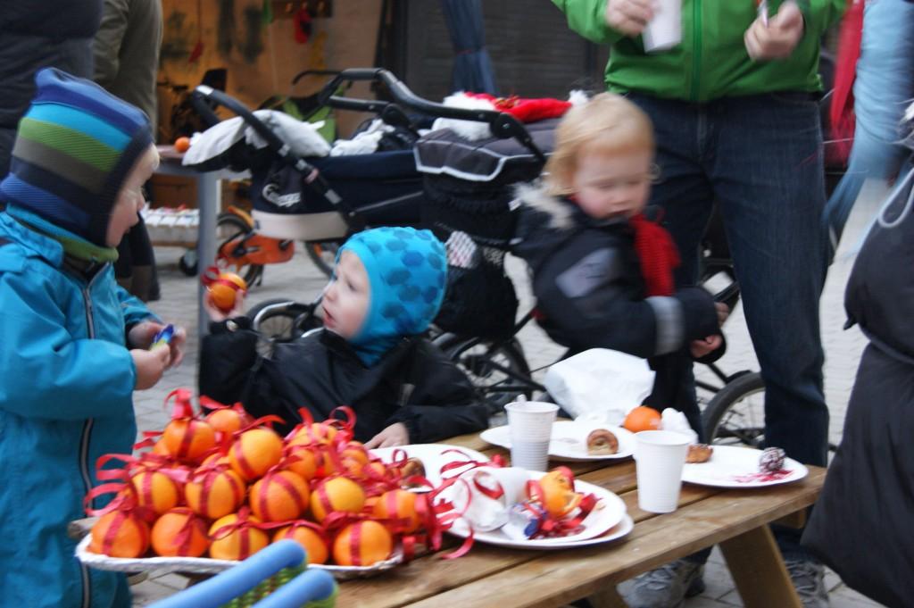 Clementiner smykket til juletraesfest 2011